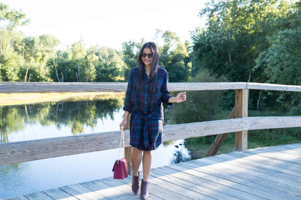 loveplayingdressup-fall-revolve-tiefrontdress-winecoloredaccessories-3